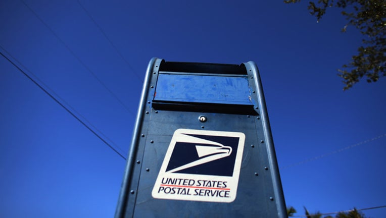 c01dbe35-GETTY Mailbox-401096
