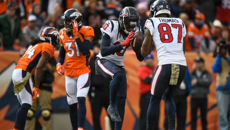 26533295-GettyImages-775192693db035_texans_broncos.jpg_1541373971021