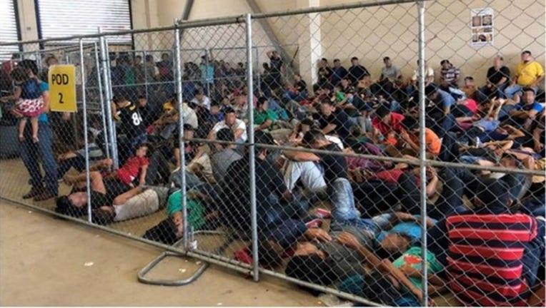 dda664d8-Images_show_migrants_pleading_for_help_i_0_20190702214500-400801-400801
