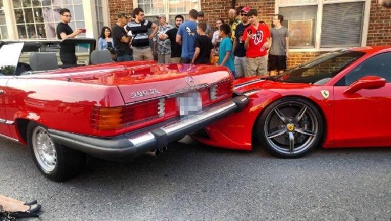 d6e31410-Mercedes drives onto Lamborghini 2_1470594808623-401720.jpg