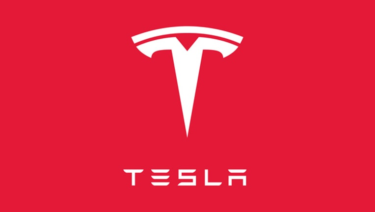 491650b7-Tesla_1443563899648-407693.jpg