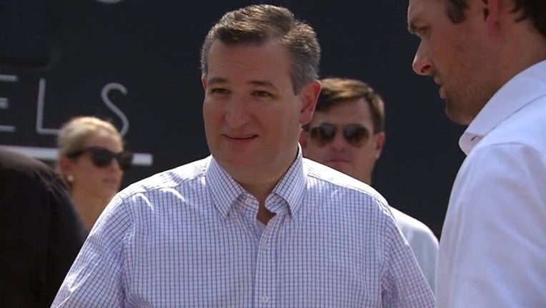 5d0656e2-V-TED CRUZ IN MCKINNEY TODAY 5A_00.00.00.13_1534264201898.png-409650.jpg