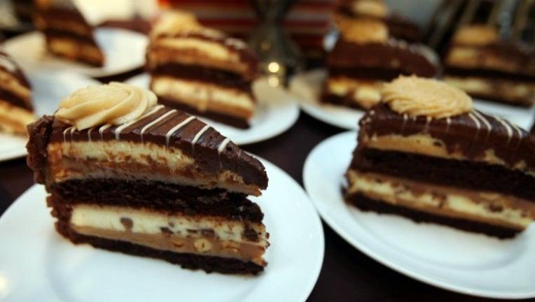 27e801af-cheesecake factory_1532951628360.jpg-404959.jpg