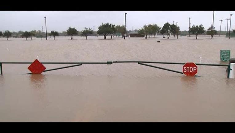 90a78f51-flood on Oct. 25, 2015_1445810100677.JPG