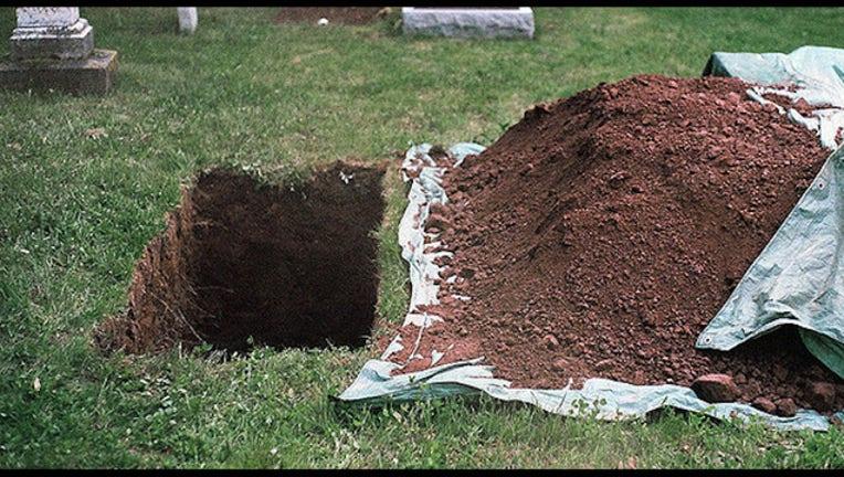 bc601da6-grave_1447007315472-404023.jpg