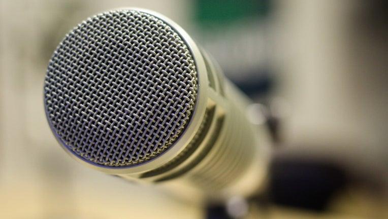 81c5c928-pixabay-microphone_1562076930912.jpg
