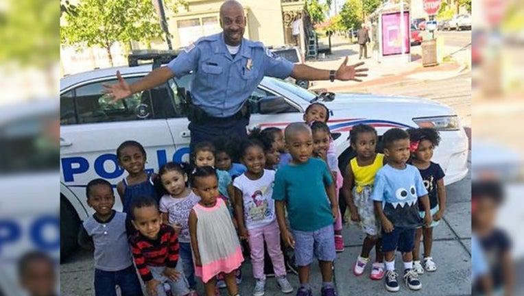 e45faafd-officer with kids_1472666839796-401720.jpg
