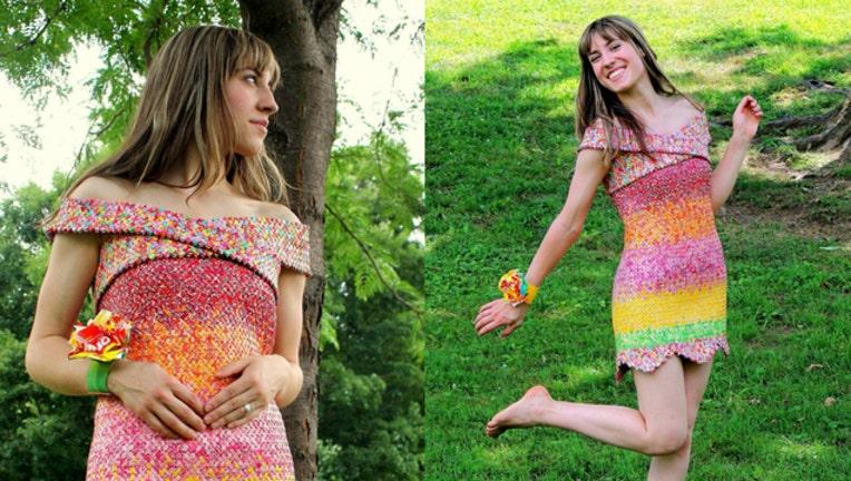 e86274fd-starburst dress_1495242737613-404023.jpg