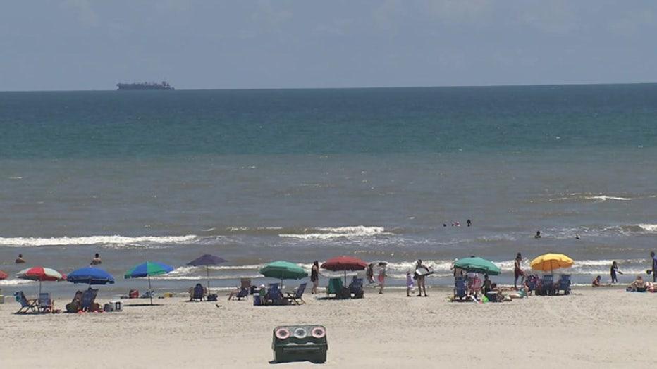Galveston Closes Beaches Due To Covid