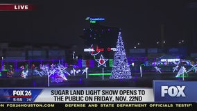 FOX 26 is first to throw the switch for the Sugar Land holiday lights