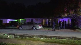 Man shot in the stomach in southeast Houston home