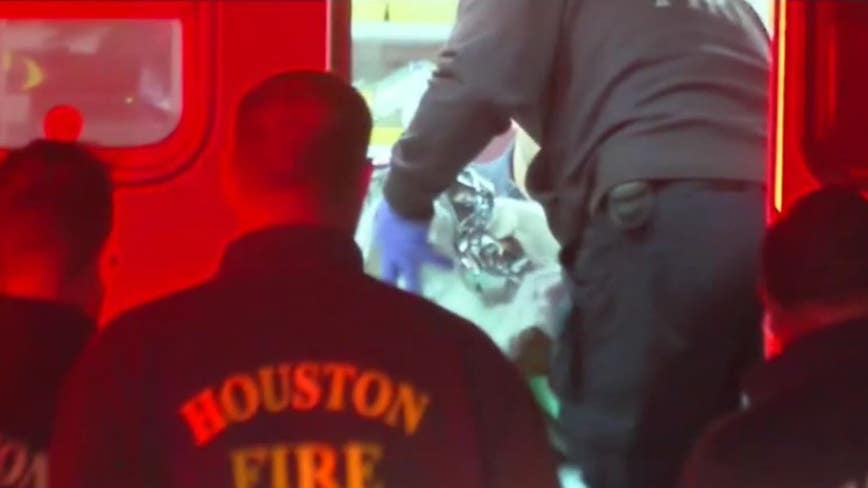 News crew captures video of baby being born on North Freeway