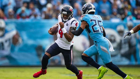 Houston Texans defeat Tennessee Titans 24-21
