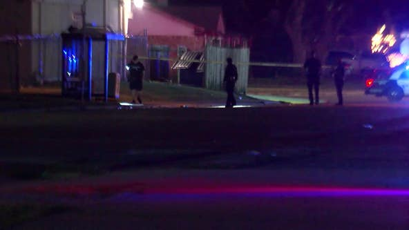 2 teens shot while at bus stop in southwest Houston