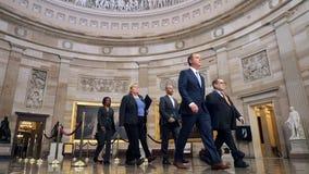 Chief justice, senators sworn in as Trump impeachment trial begins