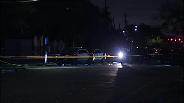 Police: Suspect in custody after shooting at Houston officers during traffic stop