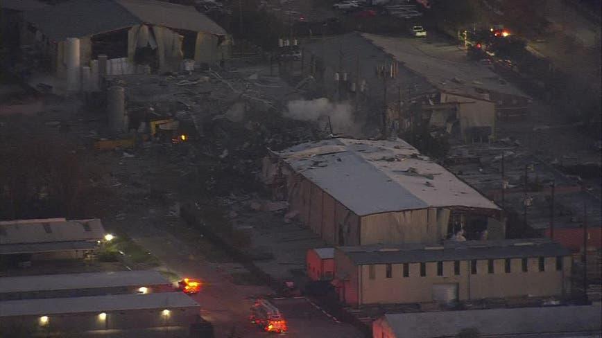 Building explosion in northwest Houston felt miles away