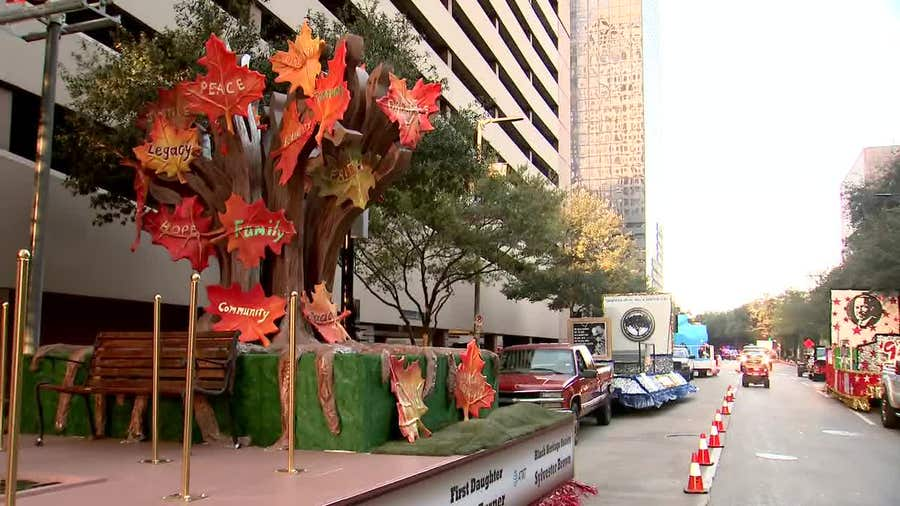 Dr. Martin Luther King Jr. honored in Downtown Houston parade