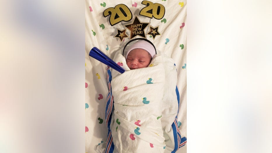 Houston babies born just minutes after midnight on New ...