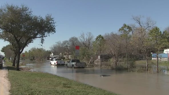 Water recedes after water main break, leaving residents struggling