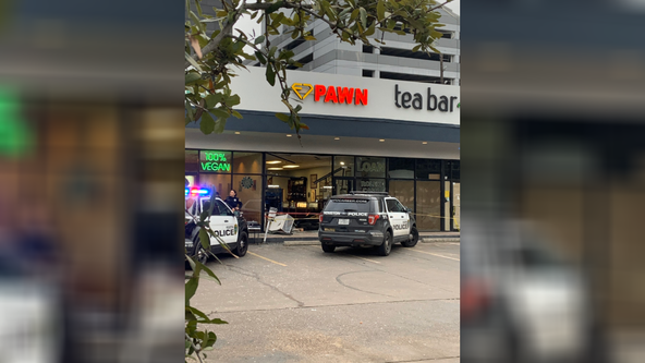 Houston pawnshop employee shoots, kills armed robbery suspect