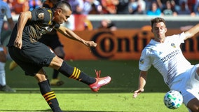 Dynamo open 15th season with 1-1 draw against LA Galaxy