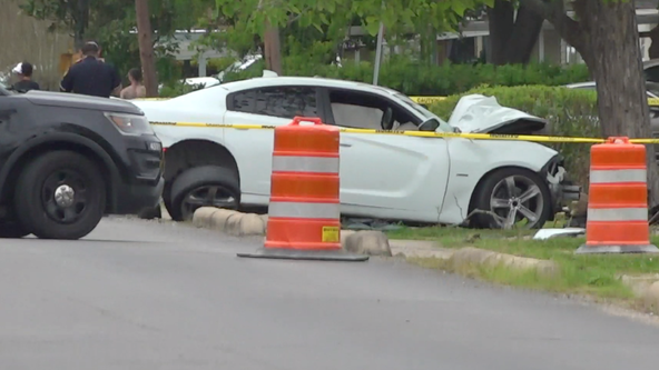 Man found dead from gunshot wound after crashing into tree: HPD