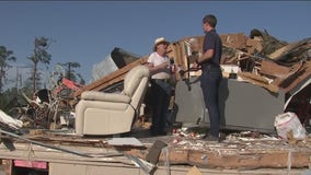Onalaska continues cleanup efforts after tornado destroys 300 homes