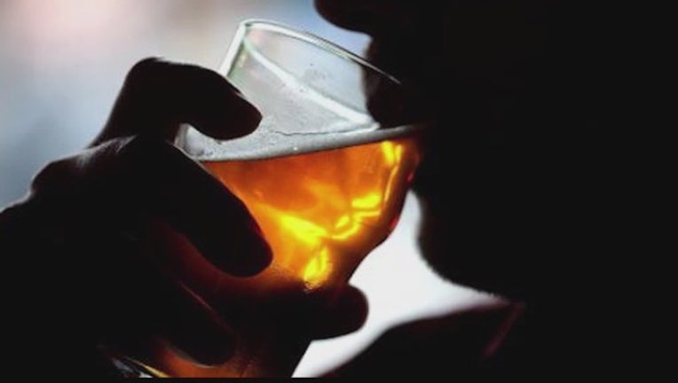 b1d72916-CDC__Alcohol_kills_more_people_than_drug_0_20151224032645-404023-404023