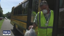 SANTA FE SCHOOL BUS DRIVERS DELIVER MEALS