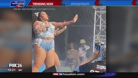 Lizzo receives support from Beyonce, Jay Z while performing