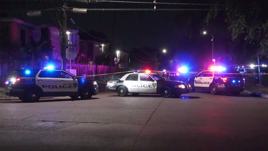 Woman shot in the face while sitting in car in SW Houston
