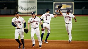 Astros defeat Mariners in Opening Day game, 8-2
