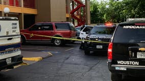 Man killed in shooting at motel in southeast Houston