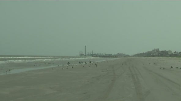 Galveston beaches empty this holiday weekend due to COVID-19 concerns