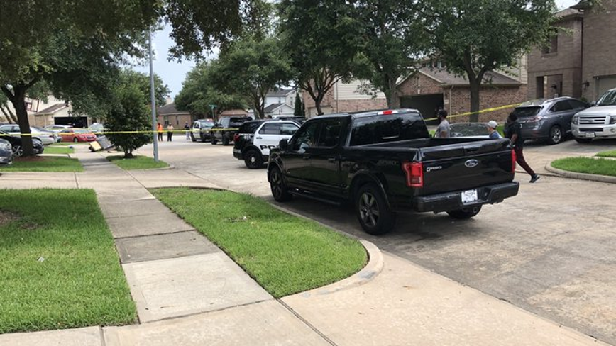 Fort Bend ISD officer shoots wife in chest during domestic dispute, police say