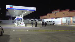 4 men shot at gas station in northeast Houston