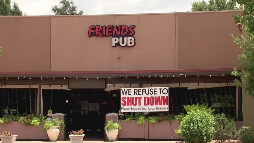 Friendswood PD investigate pub for over-serving, while video shows controversial arrest of owners