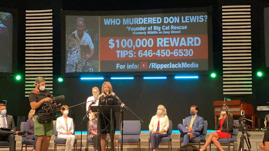With $100,000 reward, family of Don Lewis pushes for answers in 'Tiger King' cold case