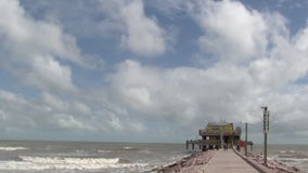 As Memorial Day weekend kicks off, Galveston officials provide safety tips