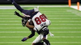 Ravens extend regular-season run, dominate Texans 33-16
