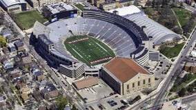 Amid pressure, Big Ten presidents to discuss starting football