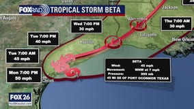 Tropical Storm Beta forecast to make landfall along Texas coast on Monday