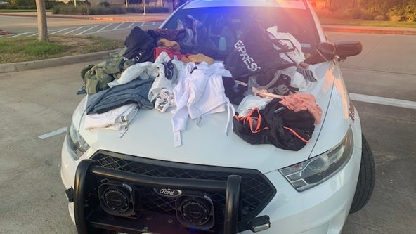 2 women caught in parking lot of Houston mall after stealing over $1,600 in clothes