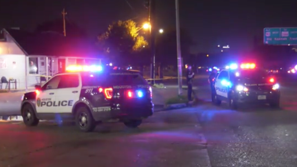HPD search for shooting suspect that left one man in critical condition