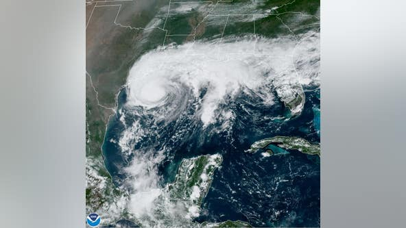 Beta moving closer to Texas coastline, landfall forecasted for late Monday or Tuesday morning