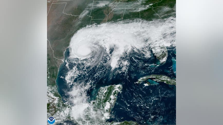 Texas Gov. Abbott issues disaster declaration as Tropical Storm Beta approaches