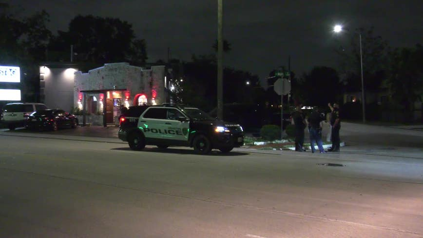 Houston police: 1 man shot, 2 men stabbed during fight