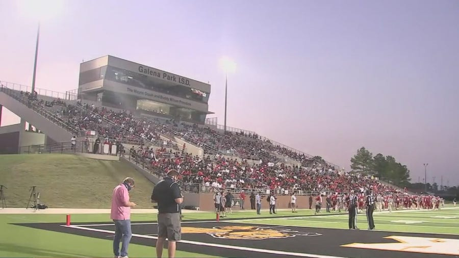 Fans attending Friday night football games amid COVID-19 pandemic