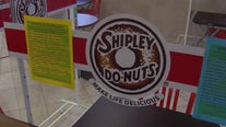 Local Shipley Do-Nuts owner offers free Wi-Fi for students